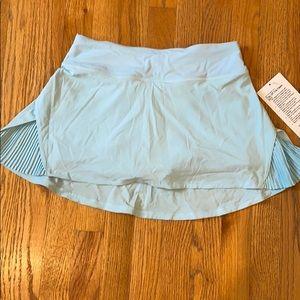 Lululemon play off the pleats skirt